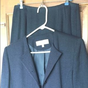 Woman Skirt and Jacket